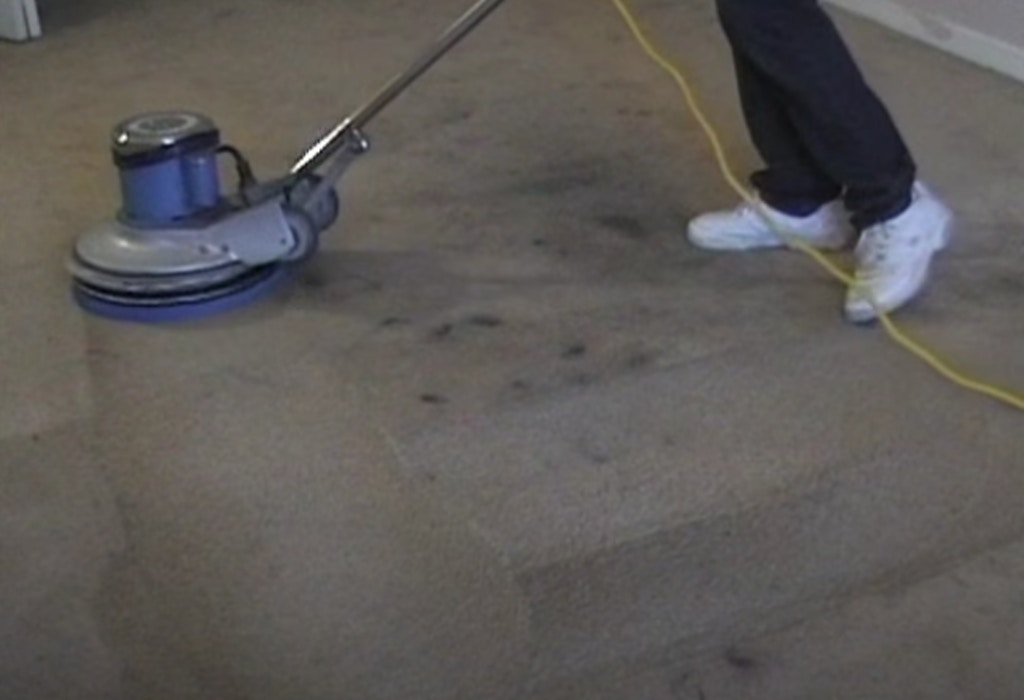 cleaning-grease-stains-athens-ga