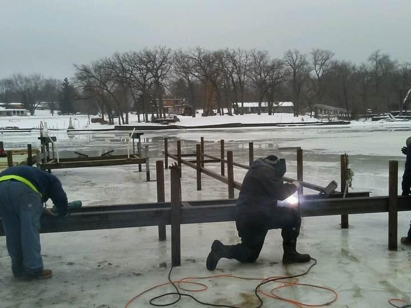 dock and lift installation on ice_wauconda-il
