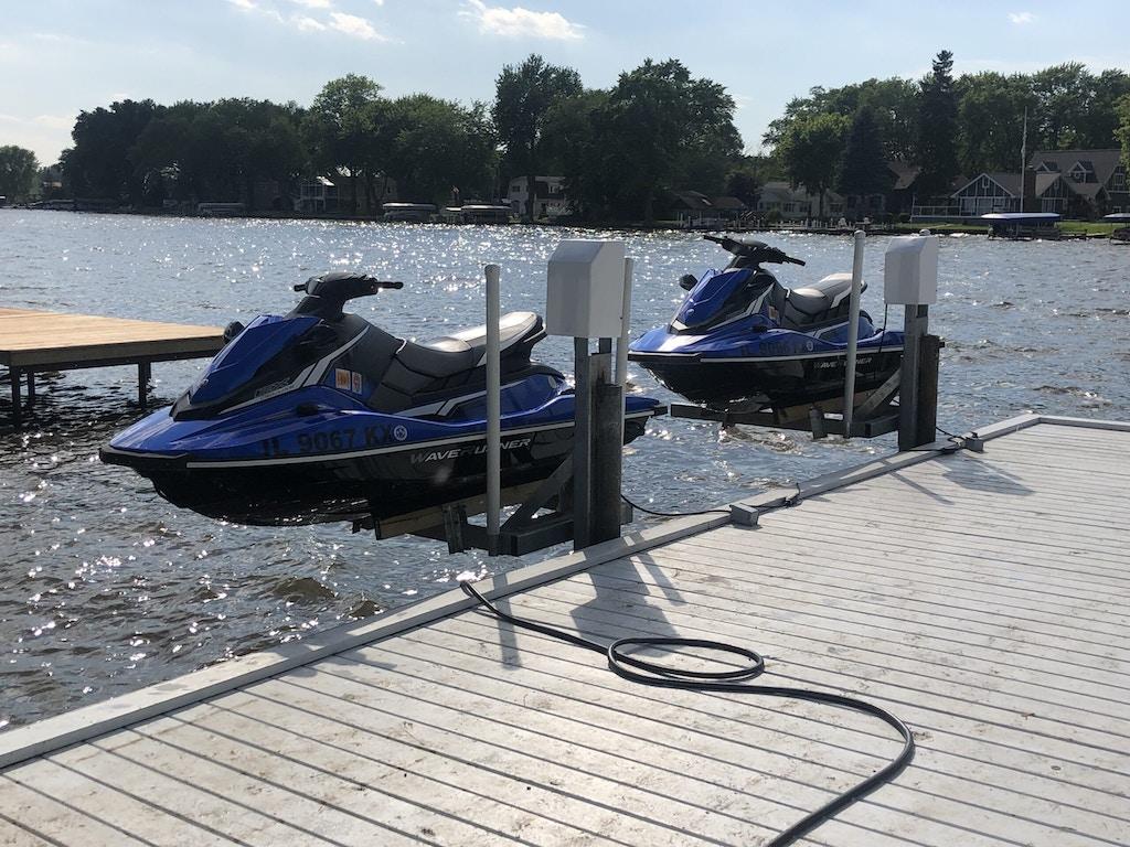 watercraft lift jet skis-2_Johnsburg IL